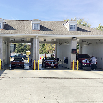 Woodys express car wash theyre run better when theyre clean self service bays solutioingenieria Gallery